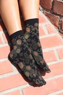 DAISY socks with green flowers | BestSockDrawer.com