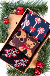 SNOWMAN Christmas gift box containing 3 pairs of socks   BestSockDrawer.com