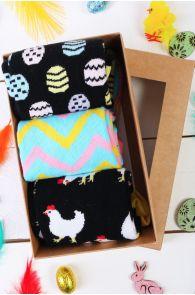 CHICKEN MOM gift box containing 3 pairs of socks | BestSockDrawer.com