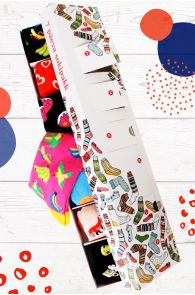 WISH GIFT BOX containing 7 pairs of socks for each week day | BestSockDrawer.com